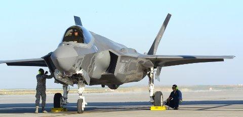 Amerikanske F-35 har i to uker vært på øvelse på Mountain Home Air Force Base i Idaho. Her er ett av de klart for avgang 16. september. Foto: USAF