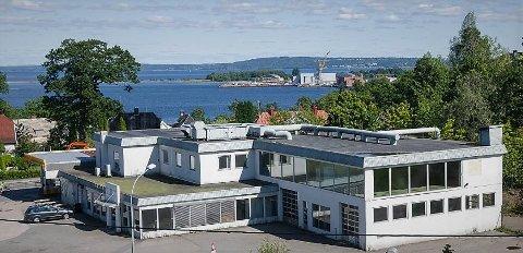 TAR TID: Det aller meste av lokalene i Falkenstensveien 31 står ledig, to år etter at Norgesgruppen overtok eiendommen.