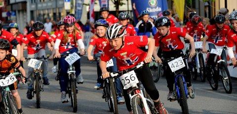 SYKKELFEST: Lørdag 19. september er det klart for Tour of Norway for kids på Norefjord. Dette bildet er hentet fra et tidligere arrangement i Kongsberg. FOTO: OLE JOHN HOSTVEDT