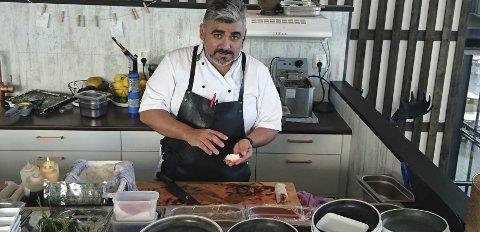 Avslutter:Leonardo Figueroa Aguilar har bestemt seg for å legge ned driften av Rå:bra Sushi .FOTO: Designia/Elias Aguilar