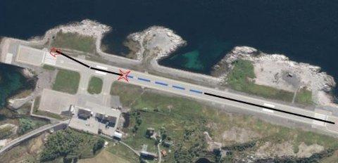 DRAMATISK: Blå stiplet linje illustrerer flere sprett opp i luften og ned igjen på rullebanen. Rød stjerne markerer hardt nedslag hvor flyet ble skadet. Rød pil markerer hvorflyet kom til ro.