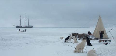 NORGESHISTORIE: - Amundsen er en film som passer for de som vil vite mer om Amundsen eller som vil friske opp sin kunnskap, og for de yngre er det jo viktig Norgeshistorie, sier Jenbergsen.