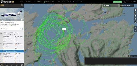 Et fly med avgang fra Bodø har sirkulert over Kristiansund noen ganger.
