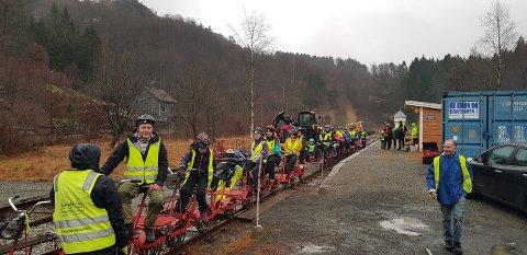 DRESINSYKLING: En populær aktivitet i Flekkefjord er dresinsykling. Bane Nor  har satt en effektiv stopper for denne aktiviteten med begrunnelse i «sikkerhetsrelaterte forhold»