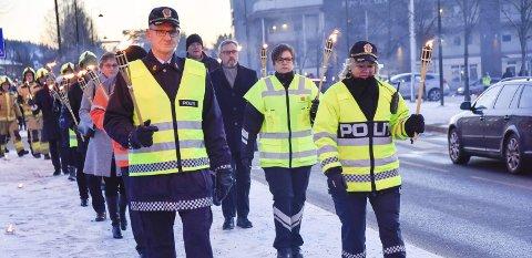 FAKKELTOG: I år som i fjor blir Trafikkofrenes dag arrangert i Åmot med fakkeltog fra Åmotsenteret til Åmot kirke.