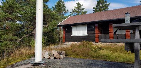 Da Snorri Leifsson Sanni ankom hytta hans på Skimten, hadde noen tatt seg til rette.