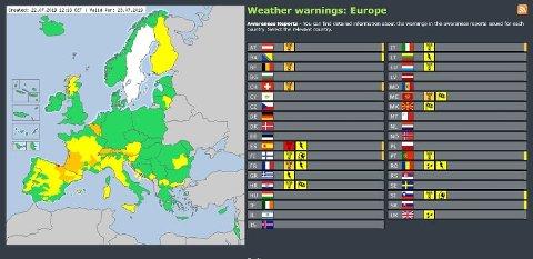 Kartet fra Meteoalarm viser hvor i Europa det er sendt ut farevarsel på gult, oransje og rødt nivå denne uken. Dette kartet viser varselet for tirsdag 23. juli.