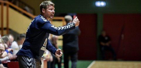 HJEM: Johnny Jensen tar med seg Falk til hjembyen søndag, for å ta poeng mot Runar.foto: