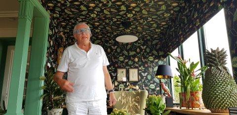 FARGEPALETT: Finn Schjøll begynte med ti farger han likte godt. Da fremhever den tingen de andres kvaliteter, sier han.
