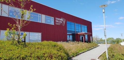 Hadde ÅHK spilt hjemmekampene sine i Sandneshallen, hadde de fått grønn elitelisens av håndballforbundet.
