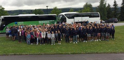 Totalt 280 spillere fra Lillehammer deltar på Gothia Cup. Her fra før avreise.