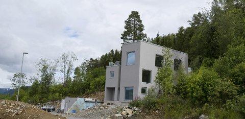 Huset til Heidi Weng i Lillehammer. Bildet er tatt under byggeperioden.