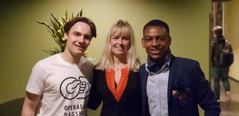 TIL KONGO: Jens Øygard Ingebretsen, Ellen Høvik og Leon Bafondoko i hovedkomiteen for årets Operasjon Dagsverk. Årets prosjekt skal støtte ungdom i DR Kongo.