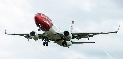 KANSKJE: Norwegians Boeing 737-800 vil ha problemer med å ta av med full last ved en rullebanelengde på 2.300 meter. Flytypen kan ikke operere på 1.200 meter.FOTO: STIAN ELIASSEN