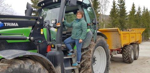 SKUFFET: – Tilbudet har ikke tatt inn over seg hvor stort behovet for investeringer i melk- og storfefjøs er. I realiteten vil dette være en nedbygging av små og mellomstore bruk, sier en skuffet fylkesleder i Trøndelag Bondelag, Kari Åker.