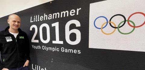 GLEDER SEG: Fredag åpnes ungdoms-OL på Lillehammer, noe kommunikasjonssjef Pål Gordon Nilsen ser fram til.foto: ole john hostvedt