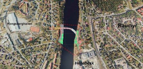 PLANEN: Kartet viser grovskisse av planområdet (rød stiplet linje) med et overlegg av brutegningen slik den foreligger i planbeskrivelsen.