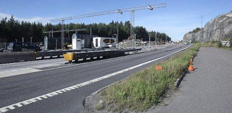 Bom: Bomstasjonene ved Raukerød og Kambo blir stående til 2021 – til tross for økte inntekter.