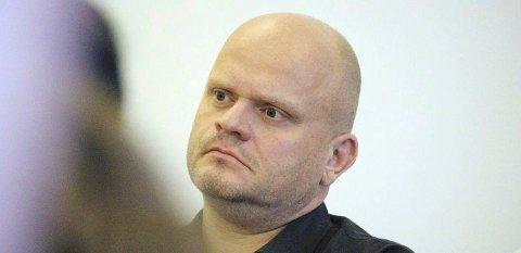FORSVARER RAPPORT: Rådmann Sjur Authen forsvarer hvordan rapporten ble skrevet.