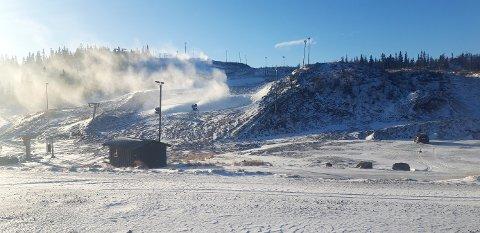 Valdres Alpinsenter i Aurdal håper å åpne den øverste bakken førstkommende helg.
