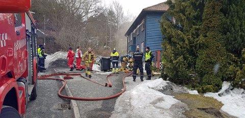 BRANN: En sigarett kan ha antent i kjelleren i dette bygget og forårsaket brannen tirsdag.