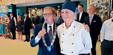 Janicke Gurijordet har fått mye ros av ordfører Roar Jonstang. Nå er hun bekymret for at en rapport skal føre til kutt i tilbudet til de eldre.