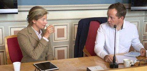 22. AUGUST: Her ekspertutvalgets leder Ingrid Riddervold Lorange da hun informerte formannskapet i Porsgrunn.