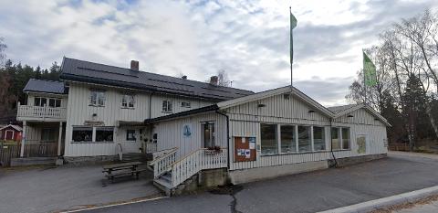 NYE SELSKAPER: Flere nyetablerte selskaper har adresse til den gamle Kiwi-butikken i Næroset.