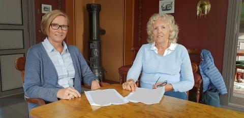 GOD HJELP: Lise Strandberg er en av fire gruppeledere i sorggruppene. Karin Bøvre (til høyre) forteller at hun fikk meget god hjelp til å komme over sorgen sin, etter at ektemannen plutselig døde i en dykkerulykke.