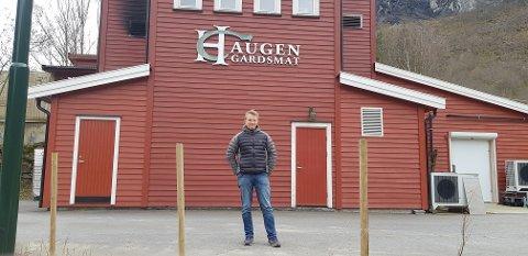 BLYTUNGT: - Me har gjort det me kunne, men nærast heile marknaden forsvann over natta, seier Odd Lothe Ohnstad i Haugen Gardsmat.