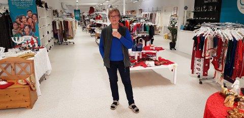 Butikksjef Åshild Husby Bergem trives godt i lokalene på Løkkemyra.