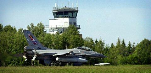 AMERIKANERNE KOMMER: Amerikanske styrker vil i fremtiden innta Rygge. Her fra en tidligere Nato-øvelse på flyplassen.