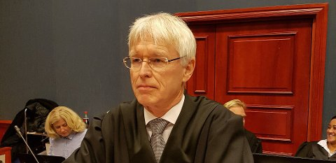 HOVEDTILTALTES FORSVARER: Johan Henrik Frøstrup er forsvareren til den hovedtiltalte i Jotun-saken, en tidligere avdelingsleder i Jotun.