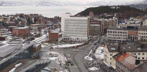 Kostbar i drift: Hvis vi tar utgangspunkt i tallene for de fusjonerende kommunene Narvik, Ballangen og Tysfjord, ligger nye Narvik kommune an til å bruke nesten 5.000 kroner mer per innbyggere enn det som er gjennomsnittet for sammenlignbare kommuner.  Foto: Ann-Kristin Hanssen.