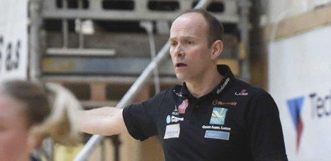 OPPGITT: LHK-trener Geir Oustorp var ikke fornøyd.
