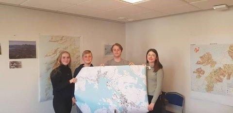 AREBEIDSGRUPPE:  Jone Leander Johansen, Selma Jentoft Bøe, Magnus Nyvoll, Ella Reidarsdatter Åland. Kelven Mukekwa var ikke til stedet da bildet ble tatt.