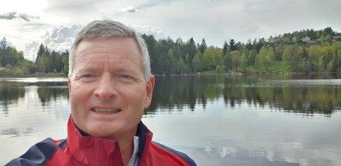 KRITISK: Knut Oppegaard (H) er kritisk til mangelfull informasjon om noe så viktig som sammenslåing av Oppegård og Ski.