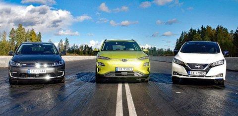 Blant de folkelige elbilene er disse svært populære: Fra ventstre: VW e-Golf, Hyundai Kona og Nissan Leaf. Med unntak av Kona er ikke ventetiden på disse spesielt lang nå.