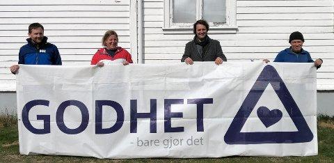 TILBAKE IGJEN: Etter et lite opphold i fjor, er gjengen fra «Godhet Tønsberg» klare for oppdrag. Jarle Lidal (fra venstre), Rina Husby, Johan Leirvik og Dag Atle Tangen gleder seg til å ta i mot søknader.