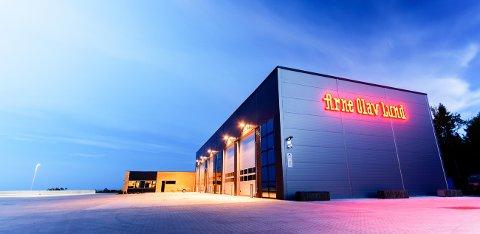 NYTT: I desember 2014 flyttet bedriften hovedkontoret fra Skreppestad til nybygde lokaler på Ringdalskogen.