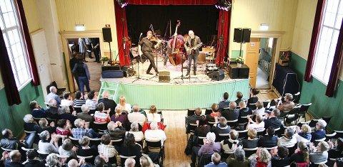 FULLE HUS:  Gjennomgangsmelodien for Røros Folk Festival var «utsolgt».