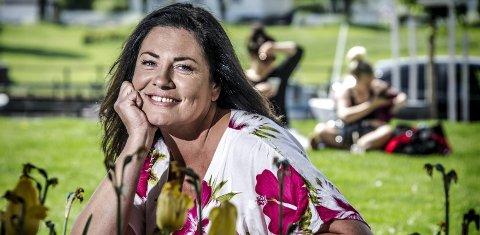 Slutter som sanger: – Når en dør lukkes, åpnes alltid et vindu, sier Marianne Antonsen som har fått seg både nytt yrke og ny kjæreste. Foto: Geir A. Carlsson