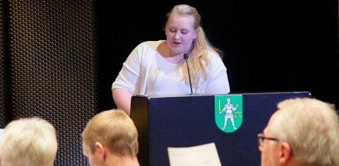 Til tross for sin unge alder, er Marte Gustavsen Ødegården (26) en erfaren politiker. Hun endte øverst på Arbeiderpartiets liste og gleder seg nå til å returnere til kommunestyremøtet i januar, fra studier i USA.