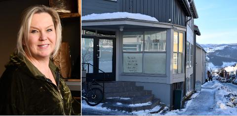 Grethe Myrvang går fra frivillige hjelpearbeider i Tanzania til noe helt annet i Lillehammer. Her i Anders Sandvigs gate 54.