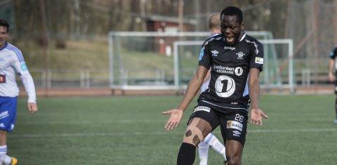DEN GANG DA: Mtaka Simba har vært en del av Elverum-maskineriet denne sesongen. Nå mener klubben at deres tidligere spiller har ført dem bak lyset. (Foto: Jan Morten Frengstad)