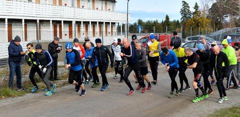 HOLDER KOKEN: 27 løpere gjennomførte Torsdagsløpet, som i høst avvikles på lørdager.