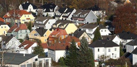 VERKEN OPP ELLER NED: Prisene gikk bittelitt ned i de store byene, men samlet sett er det ingen utvikling i boligmarkedet i Vestfold.