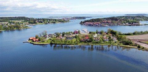 FORMUENDE: 3132 Husøysund er poststedet med høyest formue i Tønsberg-regionen. Kalvetangen-beboerne (foran) er noen av dem med postnummer 3132.