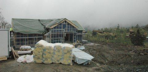 Hyttebygging: Det bygges stadig nye hytter i feltet Stavadalstoppen, men nå er det snart fullt. Neste hyttefelt er under planlegging.
