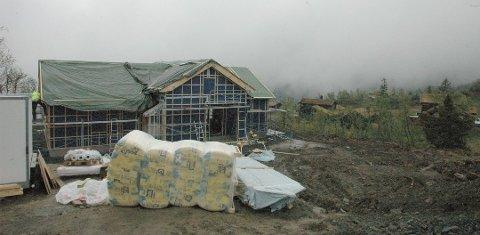 Det bygges stadig nye hytter i feltet Stavadalstoppen, men nå er det snart fullt. Neste hyttefelt er under planlegging.